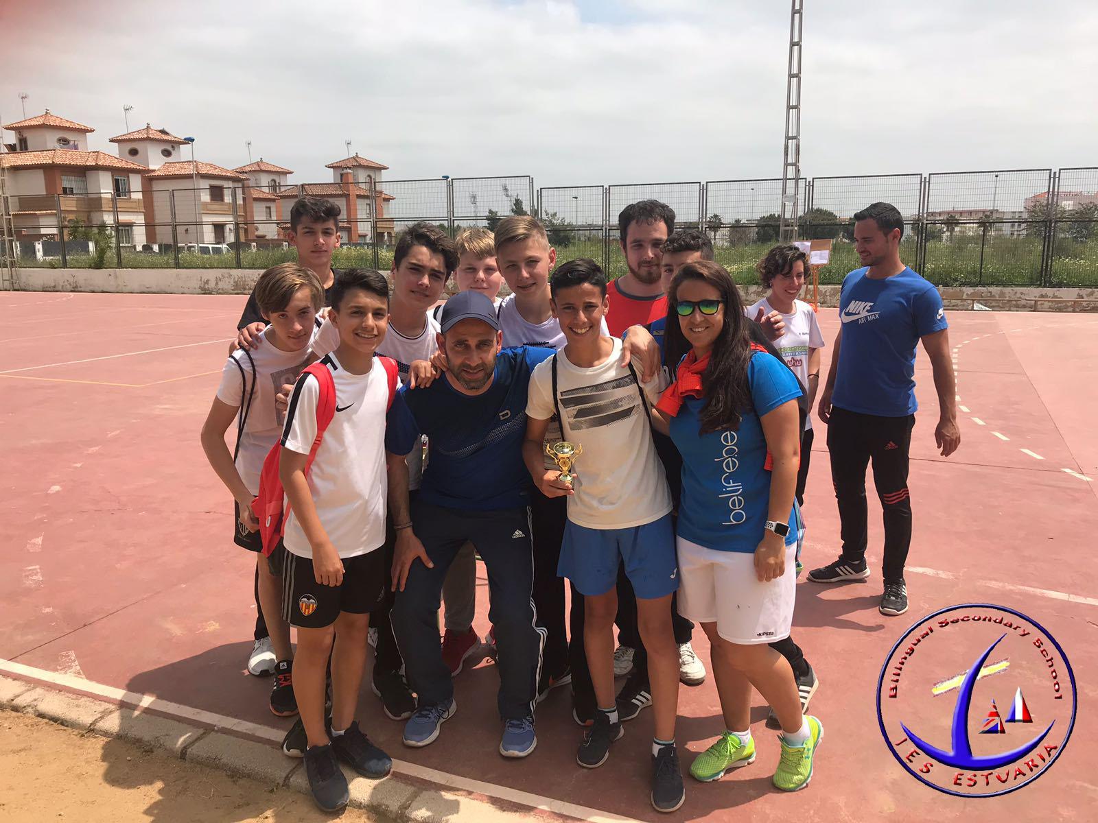Torneo de balonmano con el IES Fuentepiña