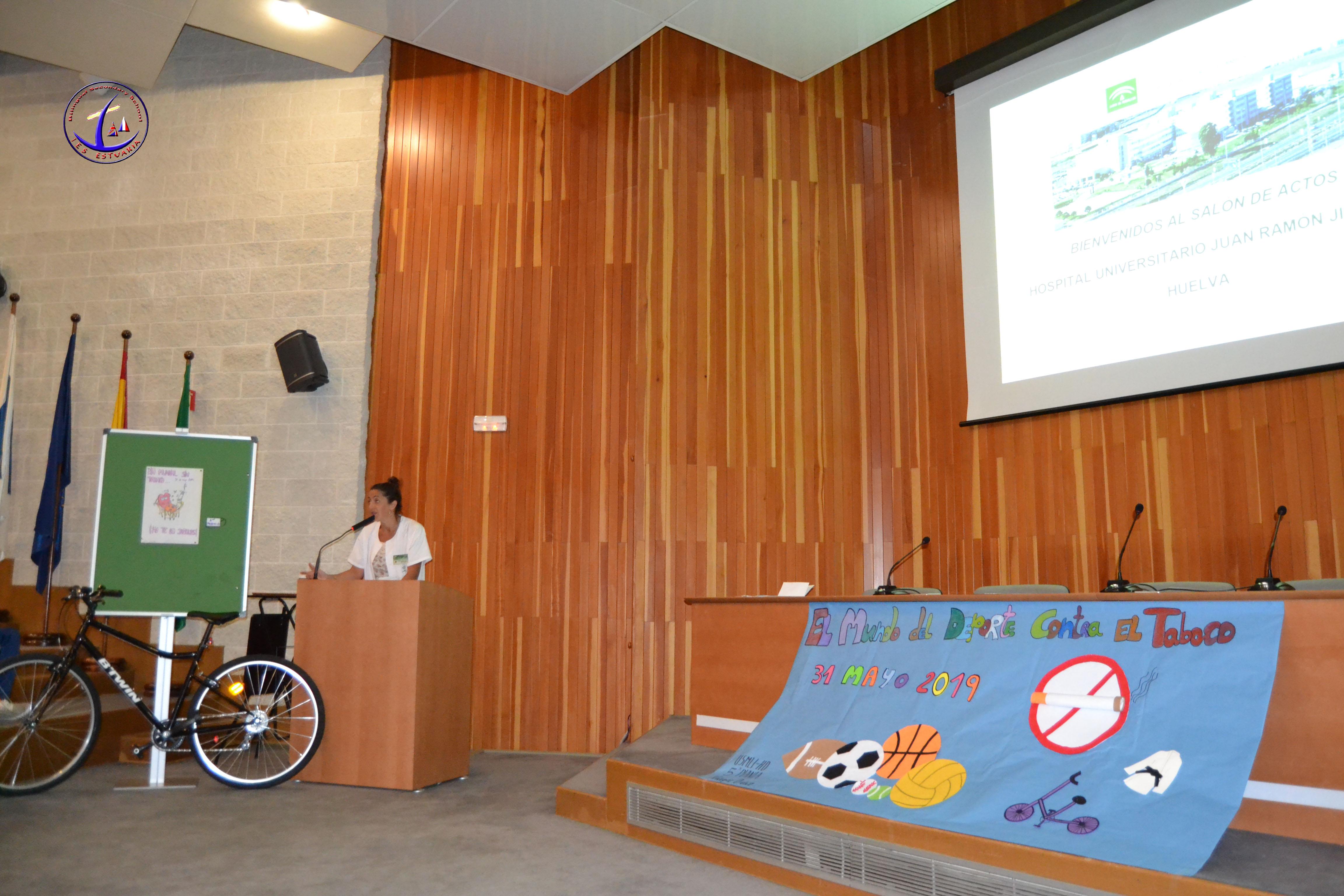 Día Mundial Sin Tabaco en el HU Juan Ramón Jiménez